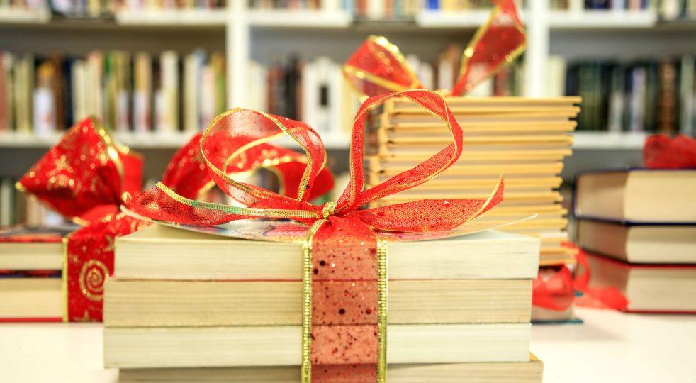 5 buoni motivi per regalare un libro a Natale